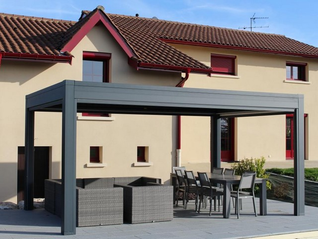 installer une pergola elegant couvrir terrasse avec une pergola with installer une pergola. Black Bedroom Furniture Sets. Home Design Ideas